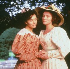 Molly Gibson and Cynthia Kirkpatrick  ~Elizabeth Gaskells's Wives and Daughters by BBC (1999)