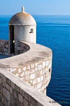 walls of Dubrovnik overlooking the Adriatic Sea in Croatia | UNESCO World Heritage Site | Darby Sawchuk