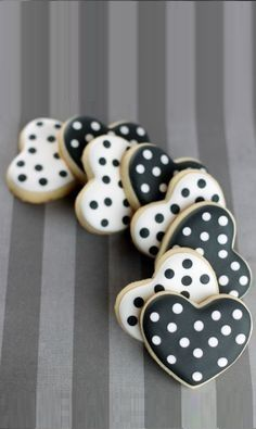 POLKA DOTS~Heart cookies by Cris Figueired♥