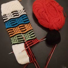 Knitting Socks, Knitting Projects, Leg Warmers, Yarns, Knit Crochet, Slippers, Create, Accessories, Fashion