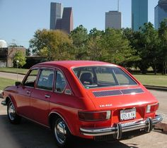 4-cylinder Type4 engine! The VW 411, the very first 4-door VW mid-size sedan
