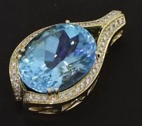 Heavy jumbo 14k yellow gold 18.50ct VS1-G diamond and topaz pendant