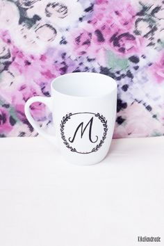 Perfect gift for letters lovers. Mugs – Hand painted mug WITH ANY LETTER – a unique product by kikahandmade via en.DaWanda,com