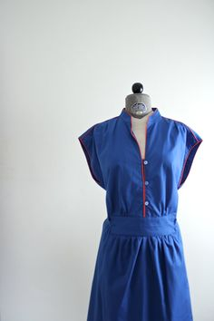 Waitress Dress  Plus Size Dress  Vintage XL Dress by jessjamesjake