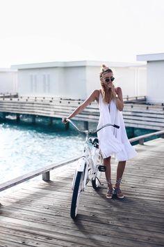 Exploring our Maldivian island by bike, Amilla Fushi, Maldives: http://www.ohhcouture.com/2016/06/monday-update-22/ #ohhcouture #leoniehanne