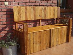 DIY garden bench made from palette wood. Buffet, Bench, Palette, Wood, Garden, Diy, Furniture, Home Decor, Palette Table