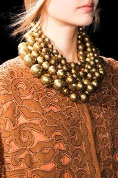 sofiazchoice:  Alberta Ferretti Fall 2014 - Details