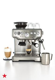 Great ways to make authentic Italian coffee and understand the Italian culture of espresso cappuccino and more! Italian Espresso Machine, Home Espresso Machine, Espresso Machine Reviews, Coffee Maker Reviews, Cappuccino Machine, Espresso Maker, Espresso Coffee, Breville Espresso, Mixer
