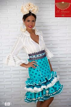 JaKaranDa added a new photo. Casual Fashion Trends, Boho Fashion, Fashion Dresses, Gorgeous Latina, Flamenco Costume, Anniversary Dress, Flamingo Dress, Fiesta Dress, Leopard Fashion