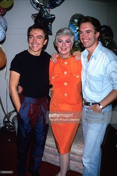 Actress Shirley Jones with stepson, actor David Cassidy (left) and son, actor Shaun Cassidy (right)