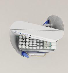 Exhibidor de piso doble cara diseñado para la Marca Dove para exhibir su portafolio multicategoria en punto de venta