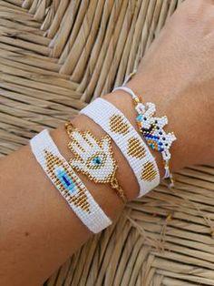 Loom Bracelet Patterns, Friendship Bracelet Patterns, Hand Bracelet, Bracelet Crafts, Bead Embroidery Jewelry, Beaded Jewelry Patterns, Seed Bead Jewelry, Bead Jewellery, Handmade Bracelets