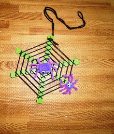 Spider and web craft for kids to make. $0.75, via Etsy. Maybe to go along with the spider story