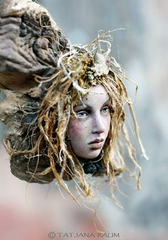 Wooden spirit Laureen