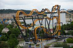 San Antonio Batman The Ride Is A Six Flags Roller Coaster With Unique Rider