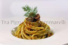 Le mie ricette - Bucatini con crema di fiori di zucca, acciughe e crumble di pane | Tra pignatte e sgommarelli