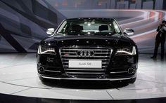 Audi S8 @}-,-;--