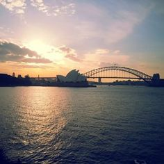 Sydney-Walk from Wooloomooloo to Circular Quay Best Holiday Destinations, Australia Travel, Sydney Australia, Weekend Vibes, Sydney Harbour Bridge, Places To Go, Travel Photography, Beautiful Places, Around The Worlds