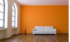 Wände streichen – Ideen für das Wohnzimmer - wand farbe streichen idee wohnzimmer orange gelb weiß