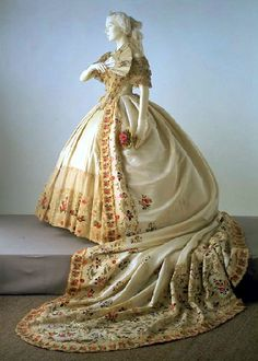 victorian wedding ball gowns
