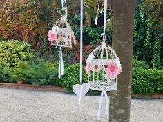 ❤️ Cómo nos gustan esos pequeños grandes detalles ❤️  #decoracion #bodas #deco #ideasparatuboda #jaulas