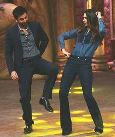 Ranbir Kapoor and Deepika Padukone Bollywood Outfits, Bollywood Couples, Bollywood Stars, Bollywood Celebrities, Bollywood Fashion, Bollywood Actress, Ranbir Kapoor Deepika Padukone, Deepika Ranveer, Ranveer Singh