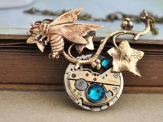 steampunk jewelry necklace STEAMPUNK BEE vintage 17 jeweled  watch movement necklace in antique brass on Etsy, 19 078,95 Ft