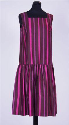 Kivijalka/Pepe, Vuokko Nurmesniemi 1958 Marmekko Birches, Crazy Outfits, Marimekko, Dress For Success, 1950s Fashion, Seas, My Favorite Color, Simple Style, Clothing Patterns