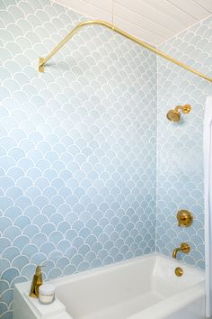 Fish scale tile, also known as mermaid tile. Beautiful modern bathrooms and kitchens using the timeless fish scale tiled design Bathroom Tile Designs, Bathroom Renos, Bathroom Interior, Small Bathroom, Bathroom Ideas, White Bathrooms, Bathroom Remodeling, Remodeling Ideas, Gold Bathroom