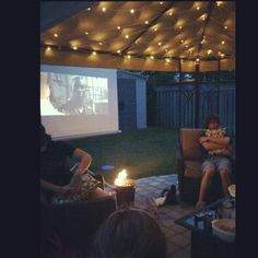 Hang an old sheet for the screen and have your on outdoor movie theater! Backyard Movie Night Party, Movie Party, Party Time, Summer Bonfire, Summer Fun, Sleepover Party Foods, Summer Party Themes, Party Ideas, Bonfire Birthday