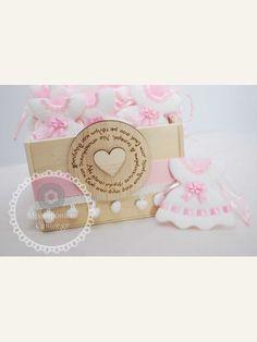 Κέρασμα  για νεογέννητο φορεματάκι πάνινο ροζ