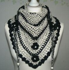 blackbeige Chunky  Road Trip  scarf crochet by CrochetRagRug