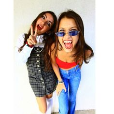 Pin for Later: 31 Top-Notch Halloween Costumes From All the Top Models  Bella was a '70s vampire while her BFF made the perfect Cher from Clueless.