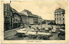 Der Marktplatz in Darmstadt auf einer Postkarte, um 1919