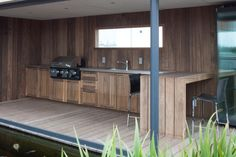 Best Ideas Outdoor Kitchen Designs - Best Home Ideas and Inspiration Outdoor Kitchen Bars, Bbq Kitchen, Outdoor Kitchen Design, Outdoor Kitchens, Outdoor Rooms, Outdoor Dining, Bbq Places, Built In Bbq, Decks And Porches