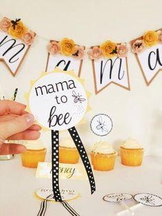 Bee theme baby showers are *in* this season and I know where to find all the cutest mama to bee decor! They'll be making that soon-to-be mama feeling like the queen BEE. Click through to see all buying options! Gender Neutral Baby Shower, Baby Shower Themes, Baby Boy Shower, Baby Shower Decorations, Baby Showers, Mommy To Bee, Vintage Bee, So Creative, Bee Theme