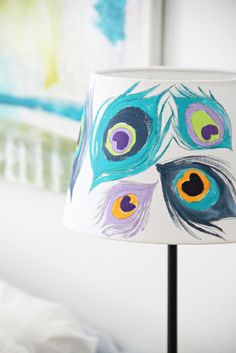8 Healed Tips AND Tricks: Lamp Shades Fabric Shabby Chic lamp shades redo apartment therapy.Wire Lamp Shades Ideas lamp shades bedroom home decor. Shabby Chic Lamp Shades, Rustic Lamp Shades, Modern Lamp Shades, Painting Lamp Shades, Painting Lamps, Diy Painting, Cute Crafts, Diy Crafts, Lampshade Redo