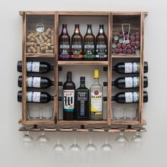 Wondering What You Dont Know About Wine Read This Article 3 – Wine Home Bar Rooms, Diy Home Bar, Diy Bar, Bars For Home, Wood Pallet Wine Rack, Wood Wine Racks, Wine Rack Wall, Diy Kitchen Storage, Wine Storage