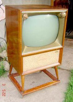 Vintage Television, Television Set, Tvs, Radio D, Tv Sets, Vintage Tv, Box Tv, Classic Tv, Tv Videos