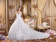 Collection Platinum Royal Romance 2018 Style DP 360 ALESSIA This luxury sleeveless ball gown with V-neck is brought to life by its lush lace. Available in: white, ivory, white/nude, ivory/nude Wedding Dress Finder, Classy Wedding Dress, Simple Wedding Gowns, Wedding Dress Train, Long Wedding Dresses, Princess Wedding Dresses, Floral Wedding, Wedding Gown Gallery, Beautiful Bride