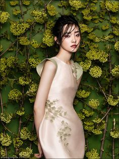 Kwak Ji Young photographed by Zhang Jingna for Phuong My Spring/Summer 2014 Collection.