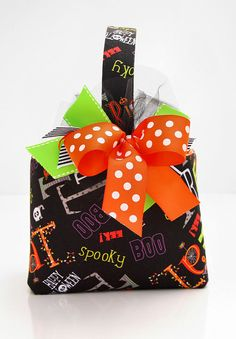 Halloween Trick or Treat  basket candy bucket sweet  by ladesigns2, $24.00
