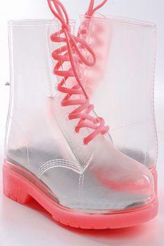 i just...i just... I.NEED.THIS. combat boots!!!
