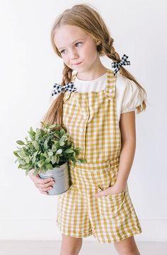 Toddlers And Tiaras Fashion Show Code: 2886686393 Kids Fashion Blog, Folk Fashion, Toddler Fashion, Toddler Girl Style, Toddler Girl Outfits, Kids Outfits, Kids Clothesline, Little Girl Fashion, Stylish Kids
