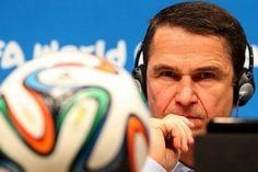 Fifa teme manipulação de resultado em Camarões e Brasil: http://oesta.do/1kVgS1N #EstadãonaCopa   #centraldofutebol www.comreno.com/editor