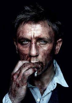 Bond is decadence. Daniel Craig as James Bond after mixing it up a bit (by Jean Baptiste Mondino). Poses Photo, Photo Shoot, Celebrity Portraits, Famous Faces, Belle Photo, Movie Stars, Actors & Actresses, Famous People, Portrait Photography
