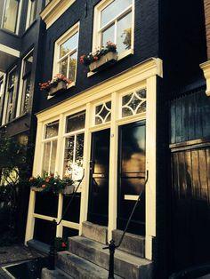 Welches ist das schönste Viertel Amsterdams? Wo lässt es sich am besten shoppen, essen, schlafen? Wir sind zurück, mit tollen Tipps im Gepäck.
