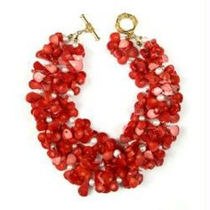 Sissy Yates Coral necklace