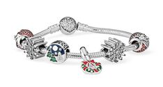 Today brings our last big Pandora release of the year, with the launch of the Winter 2017 collections! There are new charms and jewellery for the Pandora Moments, Essence, Disney and Rose lines, and lots to tempt you into hitting the spends for the various holiday promos going on this season. As is traditional, I'm …Read more...