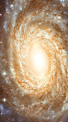 A Perfect Spiral.. The NASA/ESA Hubble Space Telescope has produced this finely detailed image of the beautiful spiral galaxy #NGC6384. This galaxy lies in the #constellationOphiuchus (The Serpent Bearer), not far from the centre of the Milky Way on the sky. The positioning of NGC 6384 means that we have to peer at it past many dazzling foreground Milky Way stars that are scattered across this image.